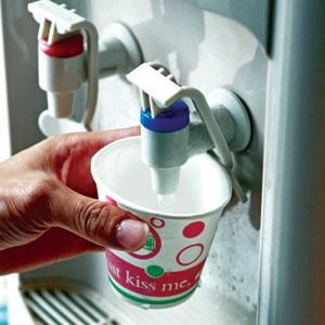 Cây nước nóng lạnh tiện lợi