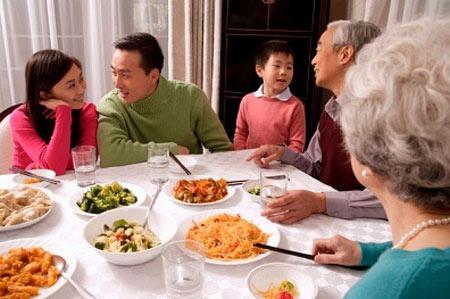 Bữa cơm thịnh soạn cho gia đình bạn